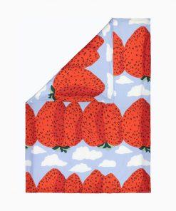 Marimekko Mansikkavuoret Duvet Cover 150 x 210 cm